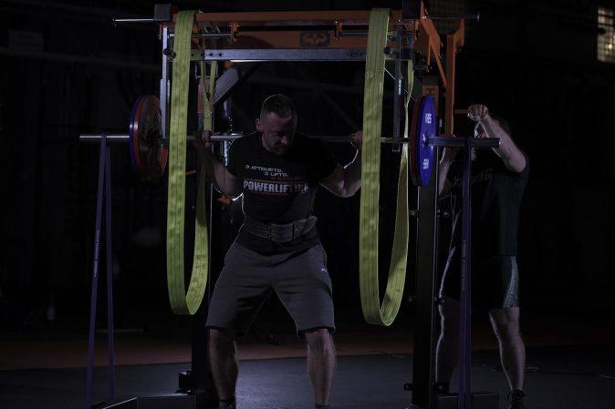Hes, Bodybuilding, Cross rack, Wyposażenie silowni,Powerlifting